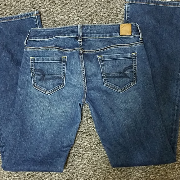 American Eagle Outfitters Denim - American Eagle jeans Size 4